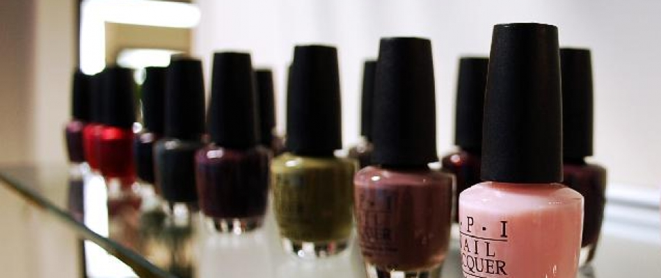 <a href='/products'><img src='/wp-content/themes/121theme/images/icon_nailpolish.png'></a>